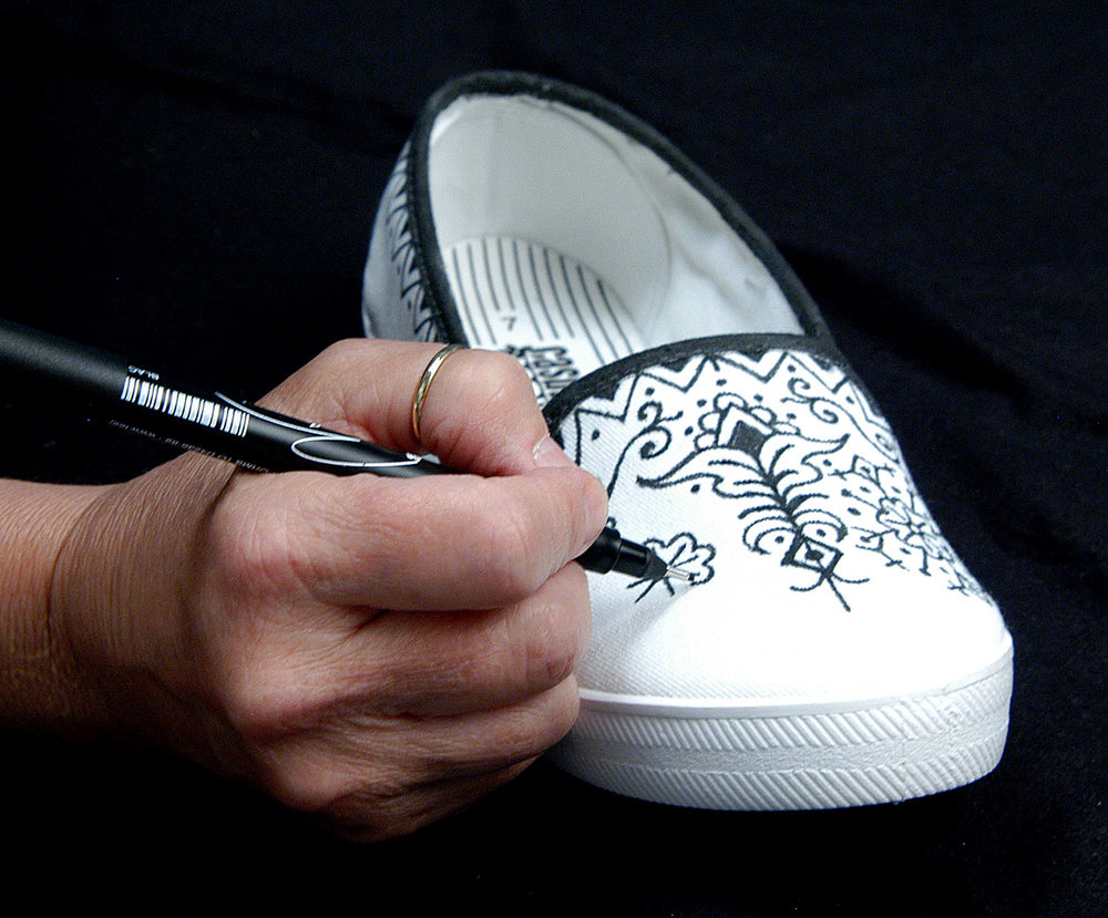 Tee Juice on canvas shoes