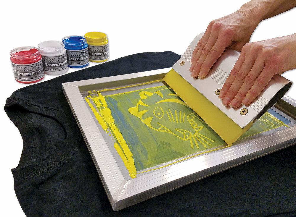 Screen printing on dark colors