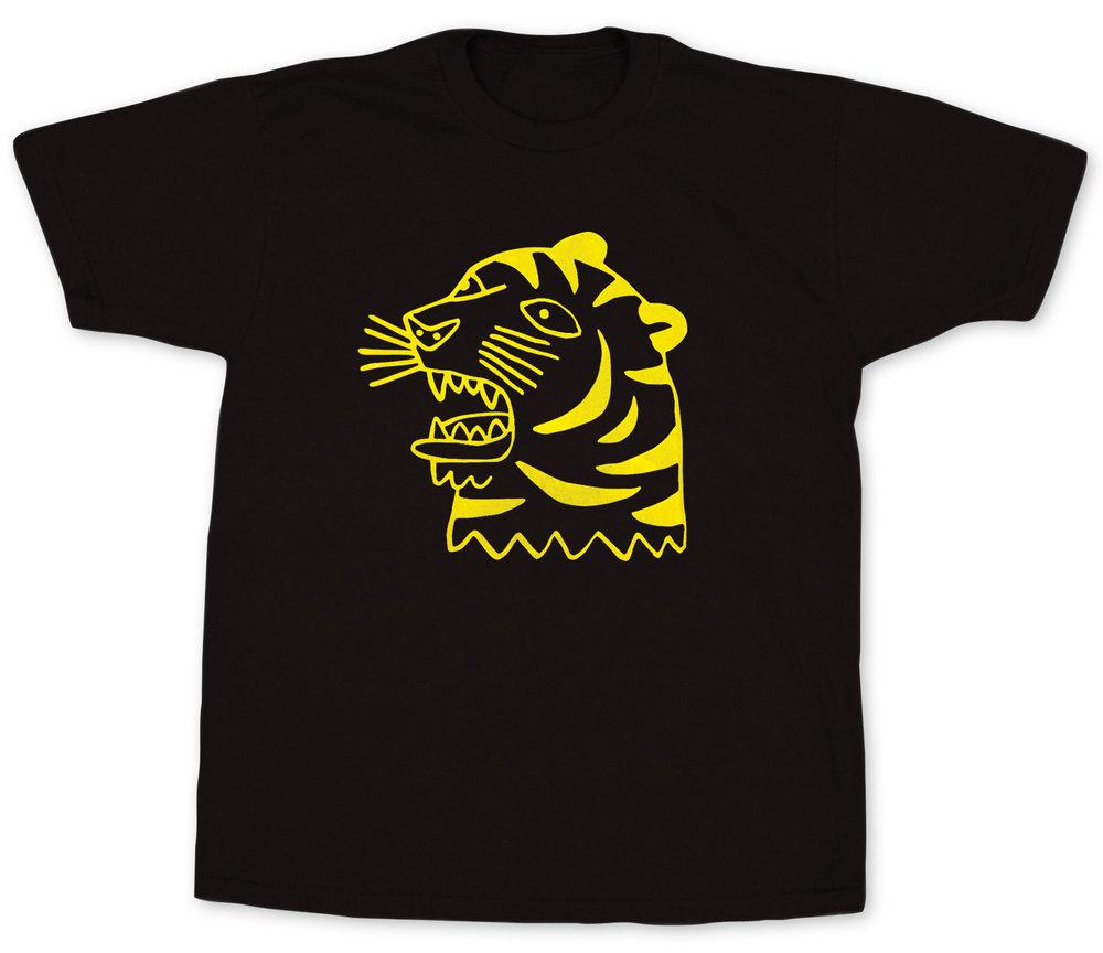 Opaque colors on dark t-shirt - Artist @gentlethrills