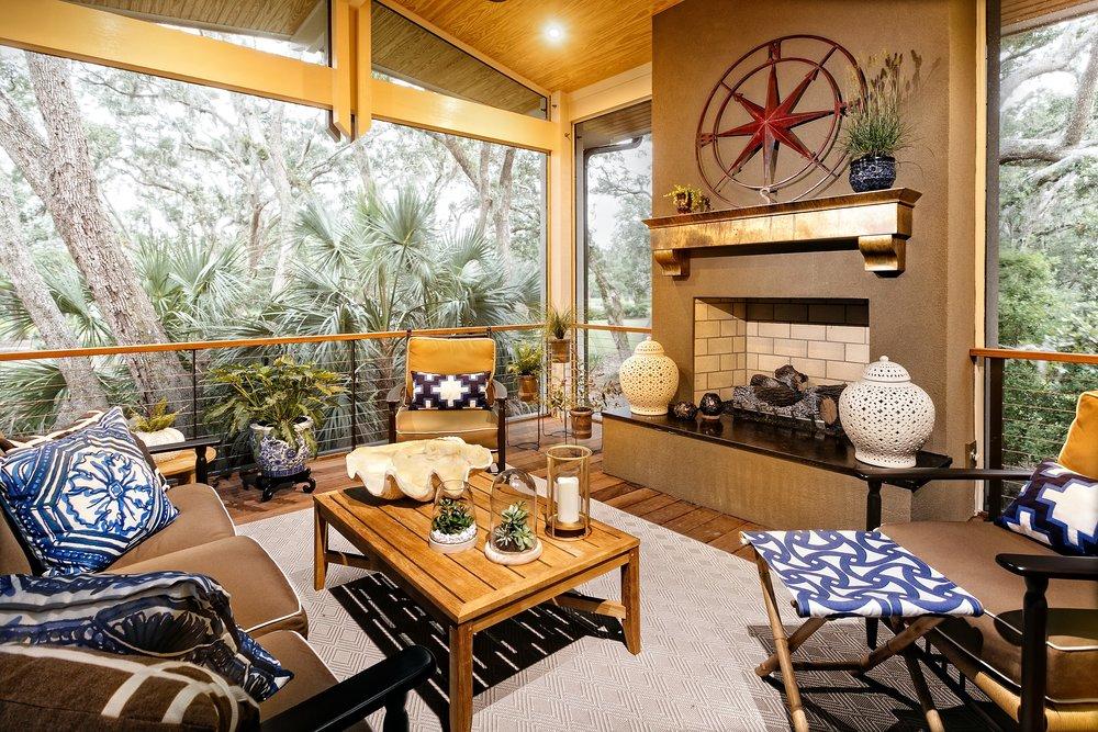 10 screened outdoor living.jpg