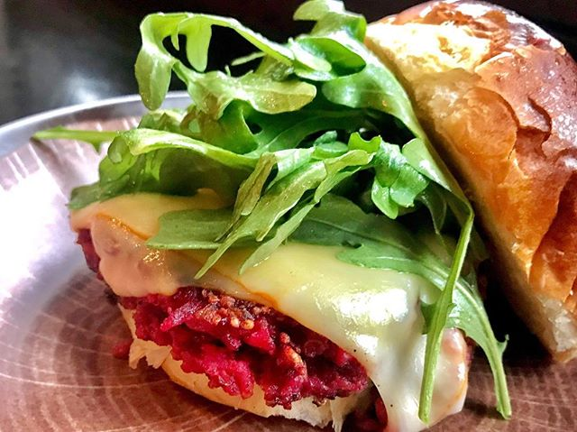Seriously...has anything ever looked better? #No. #l . . . . #delicious #omnomnom #ig #instafood #instagood #instayum #vegetarian #burger #veggieburger #beetburger #cheese #please #yas #food #hungry #nycfood #nyceats #nyc #thewoodlot