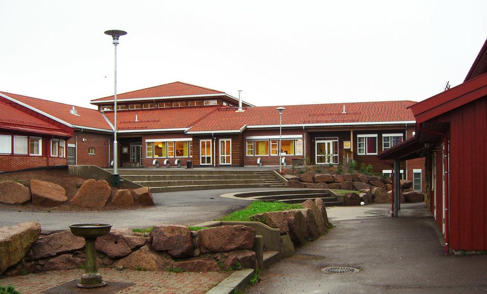 Melsom skole Fasade (2) red.jpg