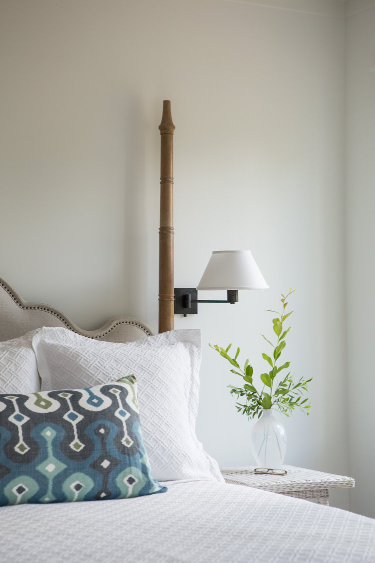 Cottage style bedroom. Coastal Cottage Interior Design Inspiration - Part 1 {Get the Look!} #bedroomdecor #cottagestyle #coastaldecor