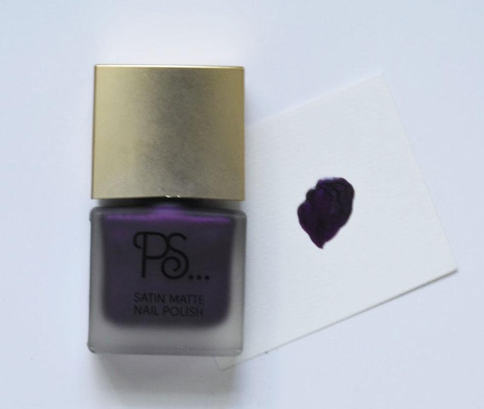 Nail polish 2.jpg