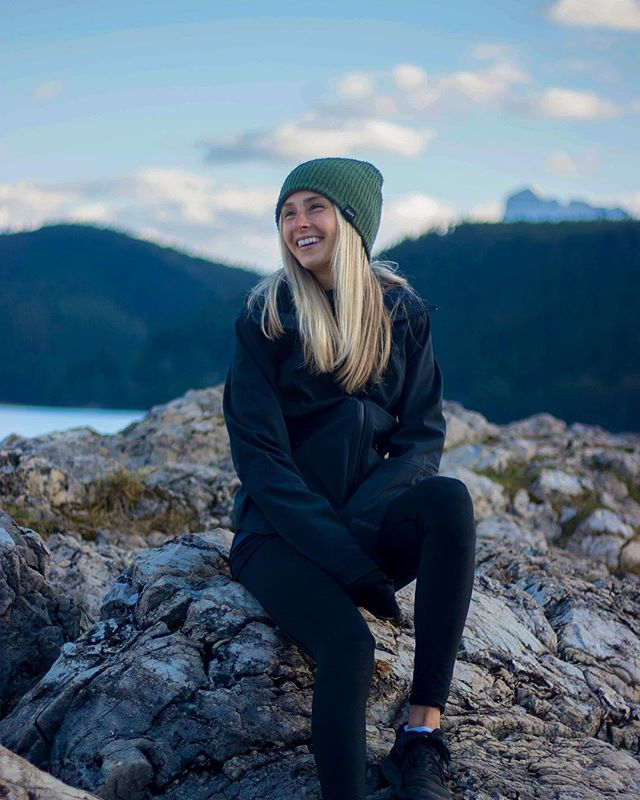 do more, live more, be more⭐️ . . . . . #travel #vscomood #beautifuldestinations #moodygrams #portrait #ontariotravel #discovercanada #explorecanada #collectivelycreate #visualsofearth #stayandwander #voyaged #welivetoexplore #ourplanetdaily #thevisualscollective #live #uoonyou #thetravelwomen #neverstopexploring #exploremore #getoutstayout #instagood #roamtheplanet  #travelcommunity #postthepeople #adventure #americanstyle #lifestyleblogger #justgoshoot