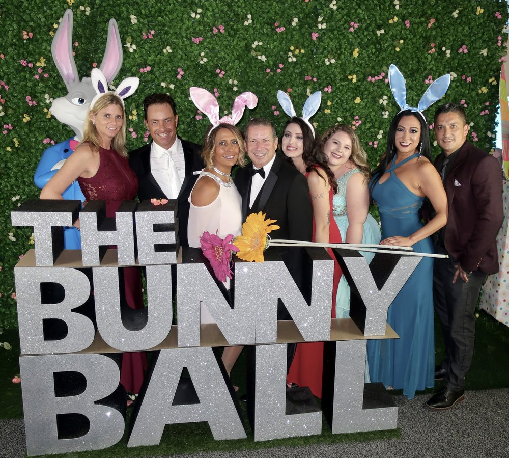 Bunny Ball Lettering