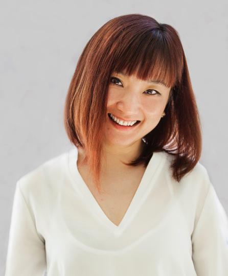 Cindy Diao  Controller  514.484.5020 x22  cindy@newsam.ca