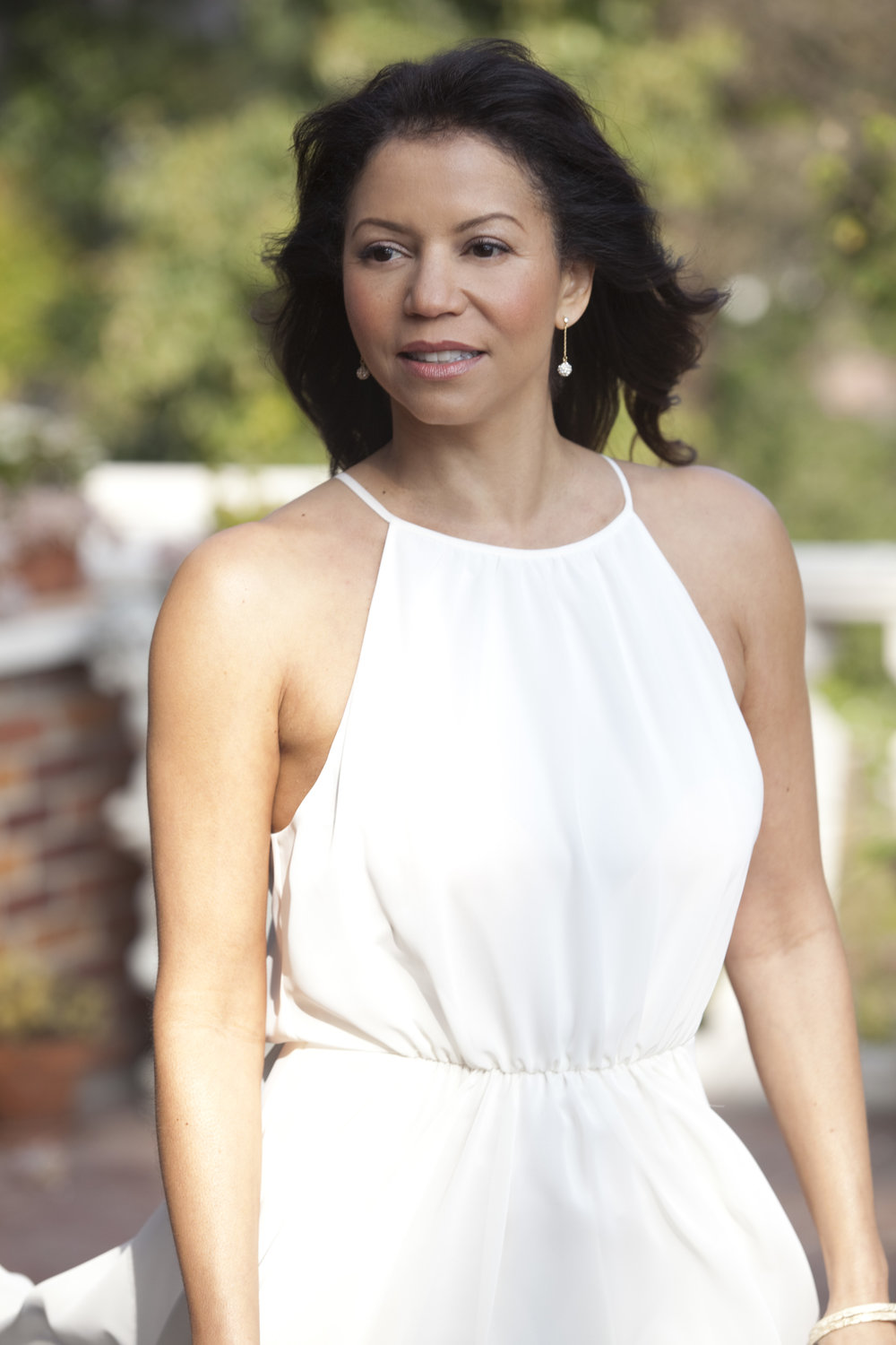 Gloria Reuben in Hollywood