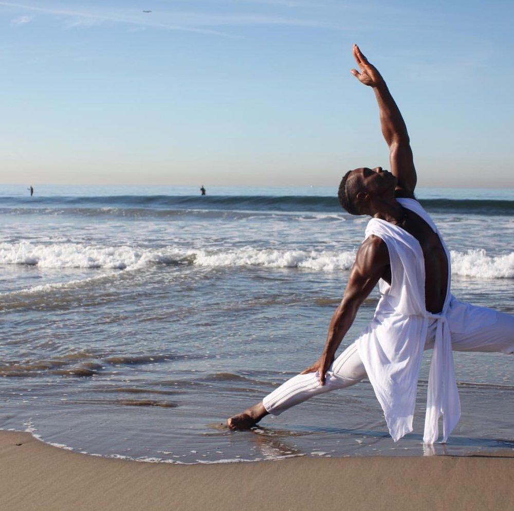 Michael Carter Lifestyle yoga
