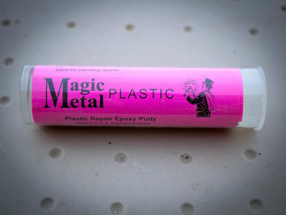 - Magic Metal™ PlasticPlastic Repair Epoxy Putty repairs anything made of ABS, CPVC, & PVC plastic. Rebuild rigid & semi-flexible plastics. Repair automotive trim, appliance parts, outdoor furniture & more. Seal leaks in plastic plumbing pipe.
