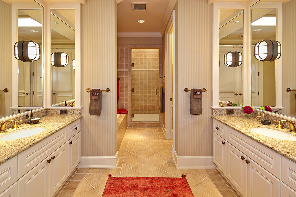 Bathroom 2 Sm.jpg