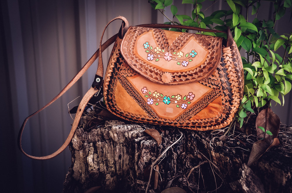 Real Leather and the details are so beautiful. Glam you spring or summer outfit with this cute Mexico find.