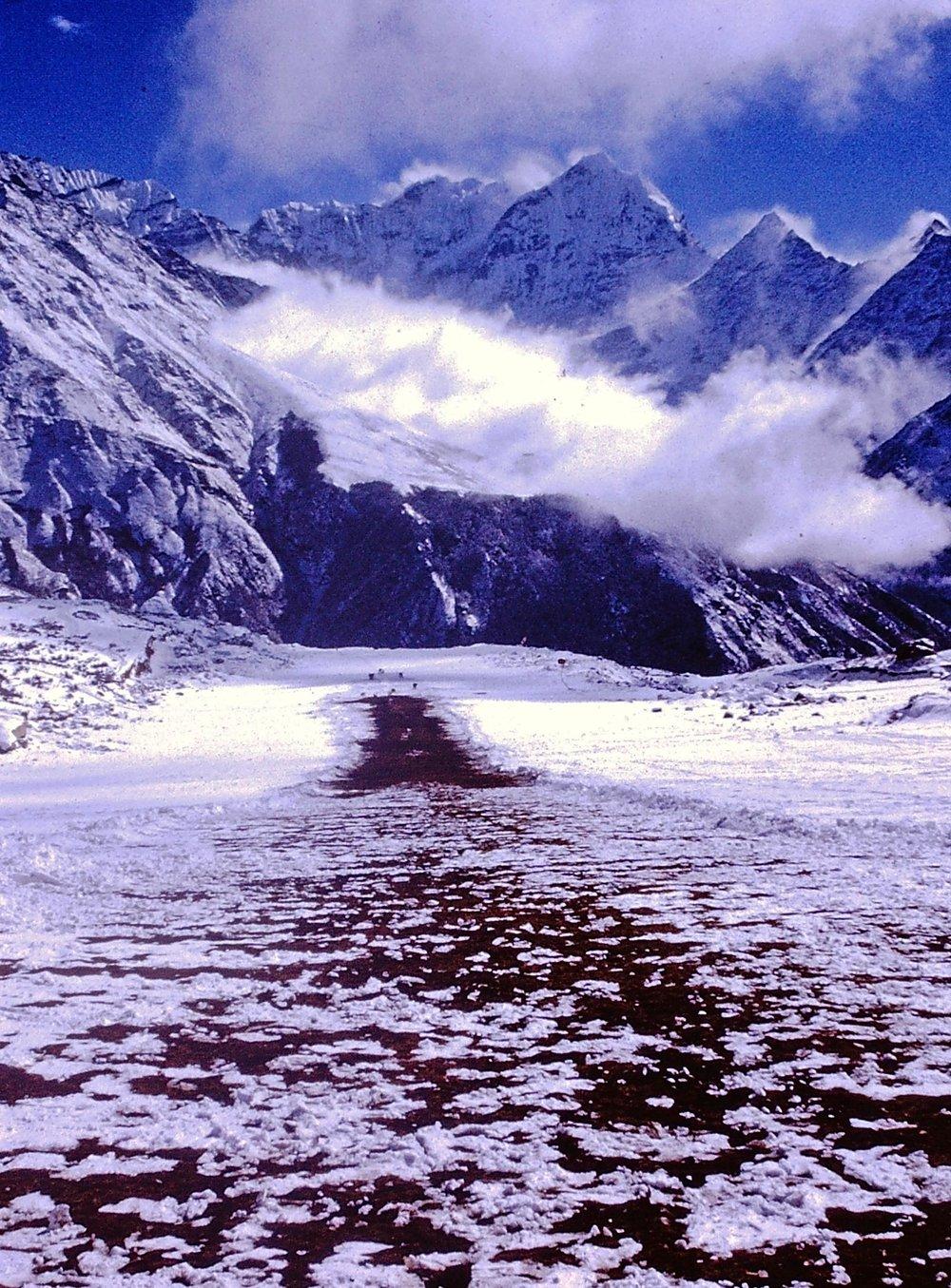 NEPAL Trek Syang Airport.jpg