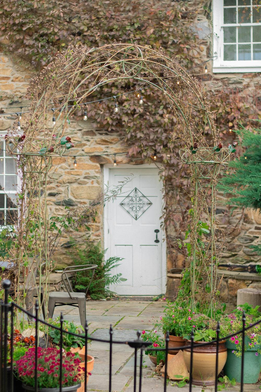 Colonial Entryway