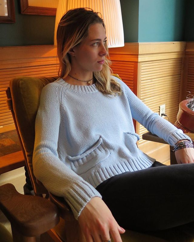 Cozy vibes in our organic cotton sweater crew. ❤️ @valeriejanasmith ⠀ . . . #organic #organiccotton #metawear #liveorganic #fashionrevolution #cradletocradle #ecofashion #madeintheusa #recycled #farmtofashion #organiclife #sustainablefashion #ethicalfashion #ecorenaissance #mindbodygram #nontoxicliving #mindfuleating #mindfullymade #sustainability #coolandconscious #consciousness #consciouscommerce #consciouscommunity #consciousconsumer #mindfulliving  #greenlife #fashionforward