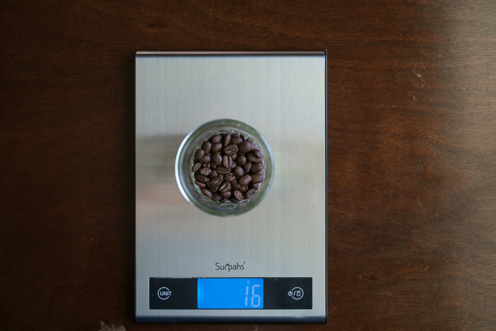HandsomeWade-Aeropress-Brew-Method-18.jpg