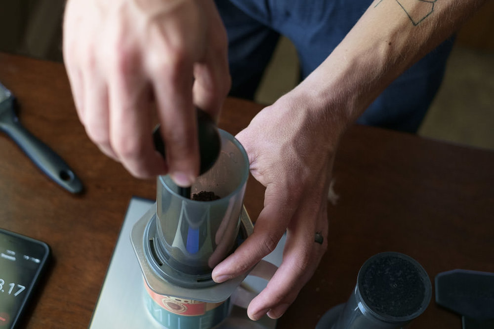 HandsomeWade-Aeropress-Brew-Method-28.jpg