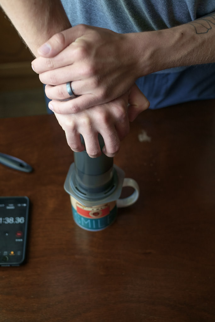 HandsomeWade-Aeropress-Brew-Method-39.jpg