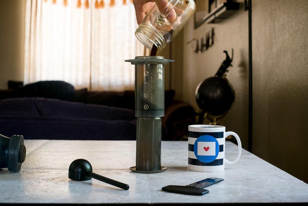 Add grounds to coffee for minimal Aeropress recipe