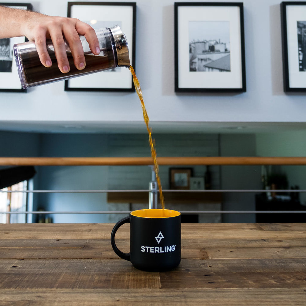 Serve coffee after brewing in the American Press