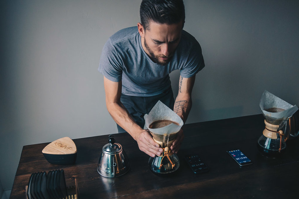 Testing the Kruve coffee sifter with a Chemex