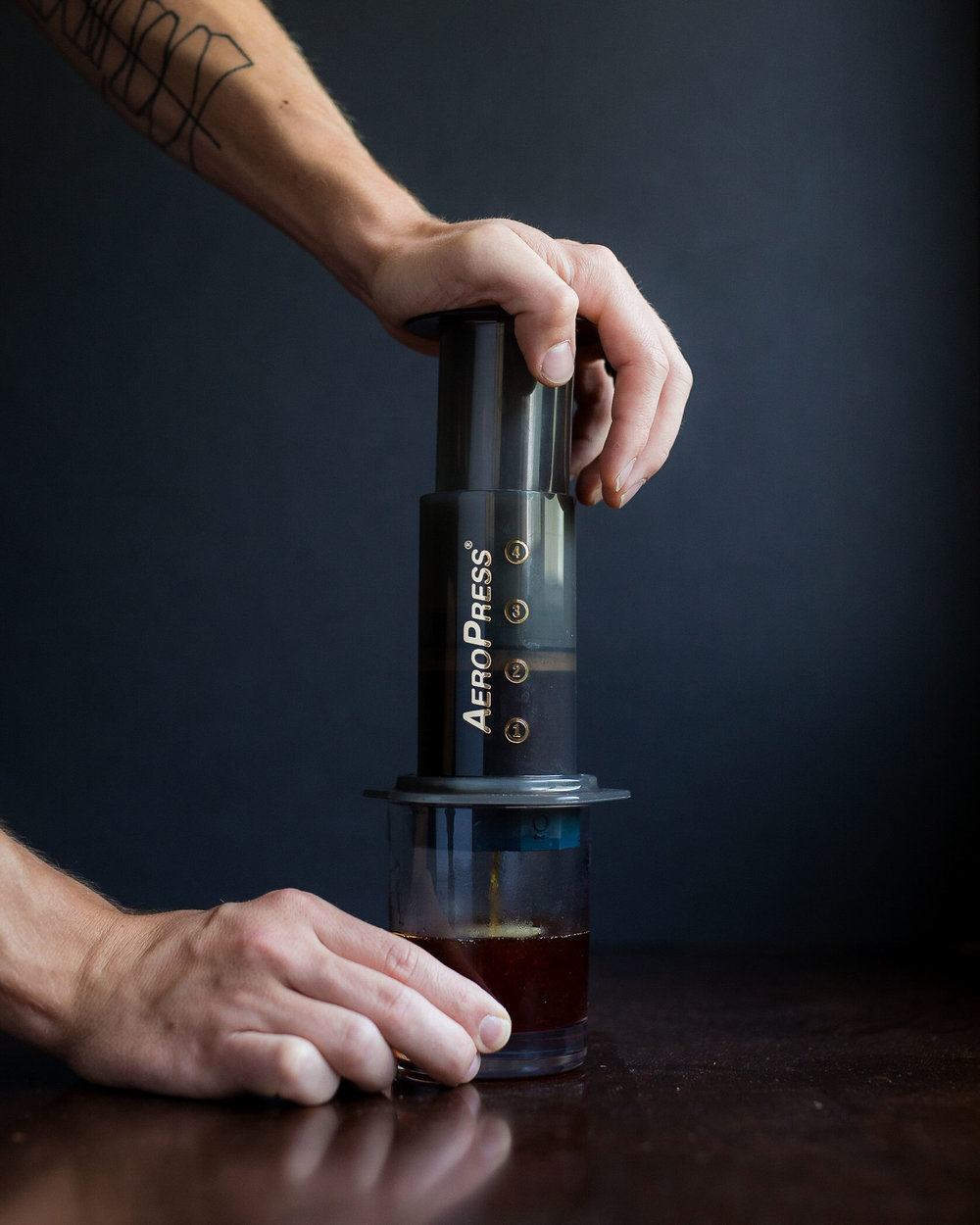 Plunge until you hear the Aeropress hiss