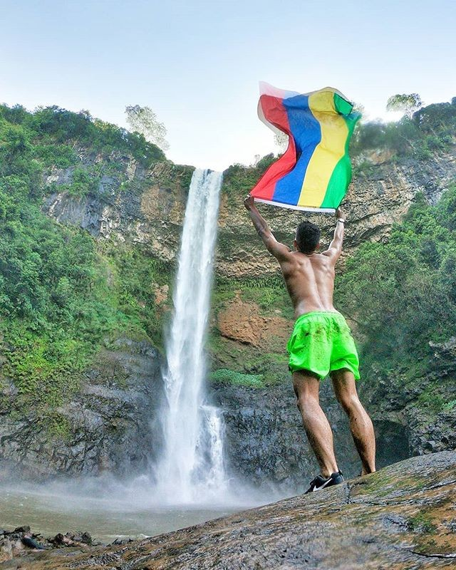 Cherish your yesterdays, dream your tomorrows and live your todays. . Our man @dimitri_rault living life to the fullest! . . . . . . . . . . . . #adventure #weekend #travel #mauritius #wanderlust #summer #instatravel #travel #mauritiusisland #love #mauritiusexplored #adventure  #perth  #brisbane #sydney #Melbourne #adelaide #adventure #beer #waterfall #islandlife  #tropical  #love#phoenixbeer #phoenixbeeraus #australia #influencer #beers #instadaily #instagood