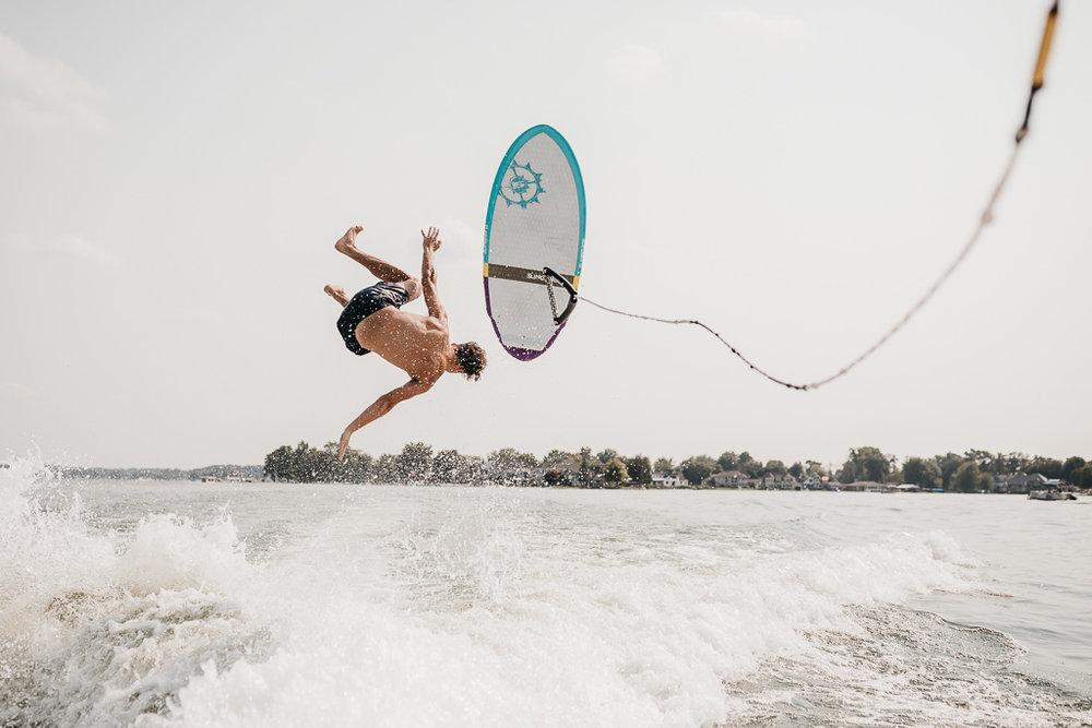 INDIANA SENIOR PHOTOS LAKE WAWASEE-3417.jpg