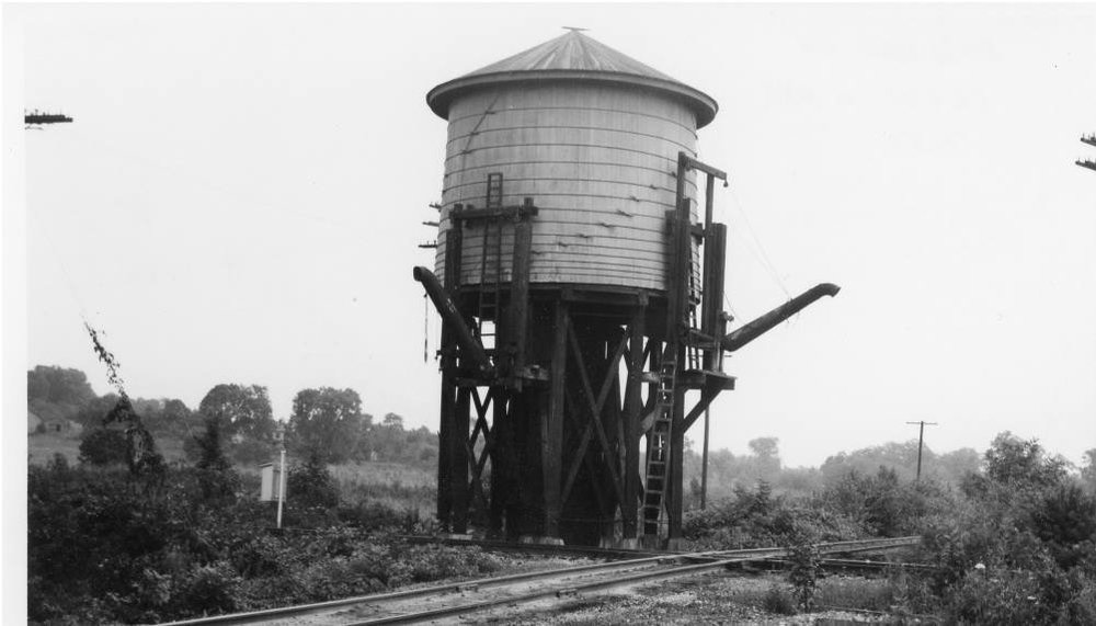 Water tower at Hageman Junction
