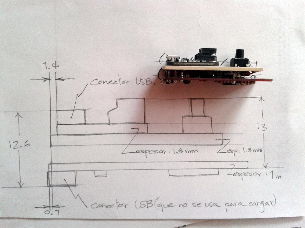 TipBuzz_Foto-de-circuito-para-pulsera_con-medidas_vista-lateral_170109.jpg