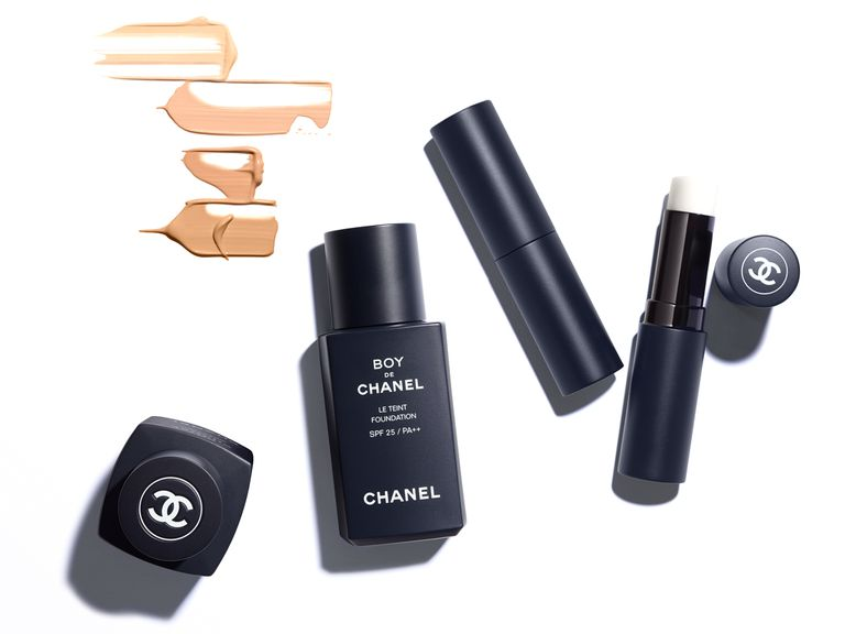 chanel-2019-mens-makeup2-1-1534787032.jpg