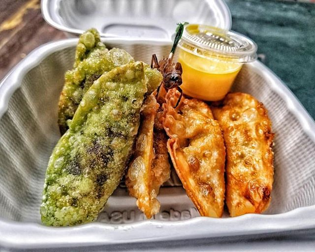 One more day till Broadway Bite ends 🥟🌶. Come and grab your favorite dumplings from @sillychillydumplings with @sillychillyhotsauce on the side 🌶 33rd Street and Broadway  11am-9pm November 2nd - LAST DAY!! By @urbanspacenyc 📸: @dumpling_lovers