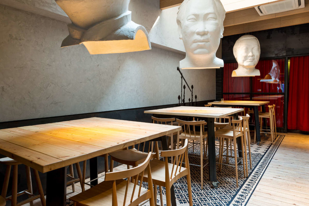 FOC Restaurant - Armourcoat stone-alike wall finish with Junckers ash timber flooring.