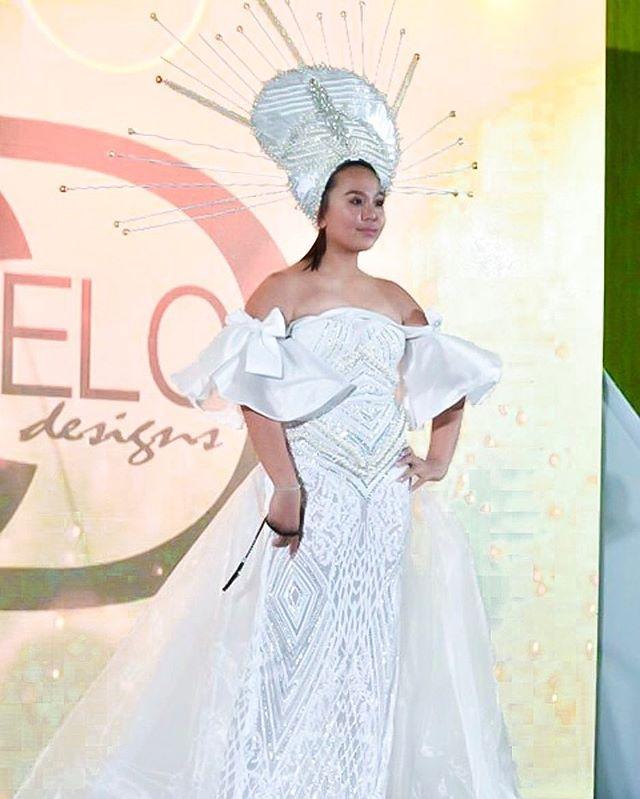 """The most important thing for success is... believing you deserve it, believing you can do it, and you will get it. "" - Anil Sinha _ 13-year-old, Joyce Gutierrez, having no experience modeling, killed the runway without a doubt 👑 _ Designer: Carl Andrada  Model: @_joyce.gutierrez • • • • • • • #aspiringmodel #bosswoman #girlentrepreneur #youngentrepreneurs #losangelesevent #fashionshows #ootdphilippines #carlandrada #filipinabeauty #youcandoanything #strutyourstuff #orangecountyca #teenentrepreneur #teenmodel #californiagirl #gandibeautyusa #gandicalendargirls2019 #gandicosmetics #gandicalendargirls #youngmodels"