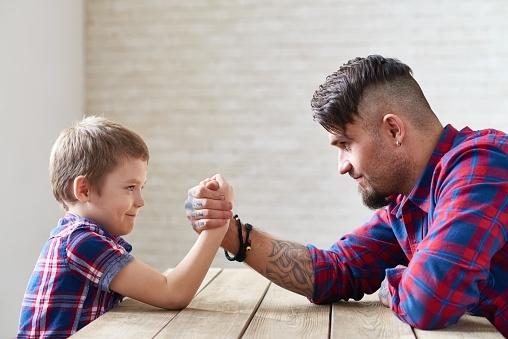 Esperialab - Incomprensioni tra genitori e figli.jpg