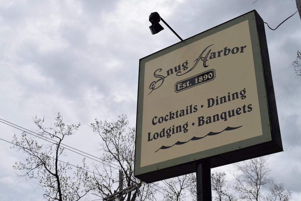 snug-harbor-signage.jpg