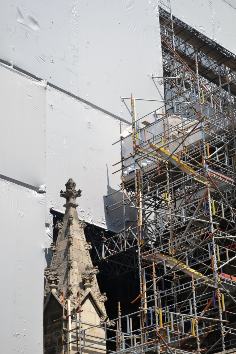 Scaffolding swallowing up Elizabeth Tower and its surrounds