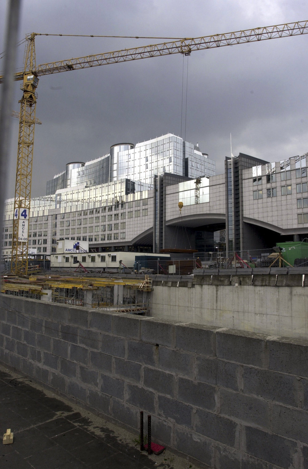 Building_site_at_the_European_Parliament_in_Brussels_Luxembourg_station_and_JAN_Building_1937 X 2953 Inch_11.jpg