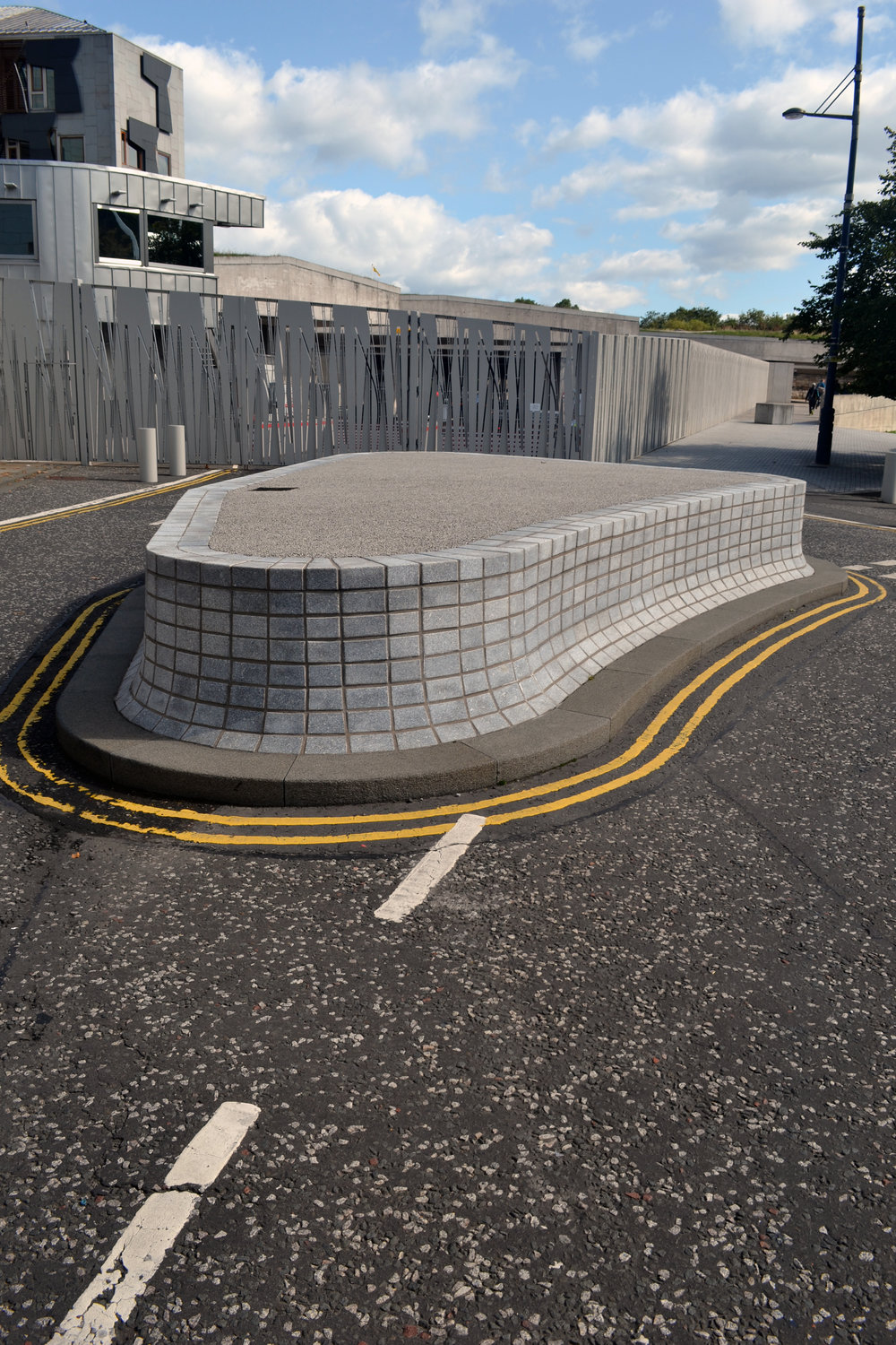 In 2009 an anti-terror roundabout was installed at the entrance to the underground car park close to the Dynamic Earth centre