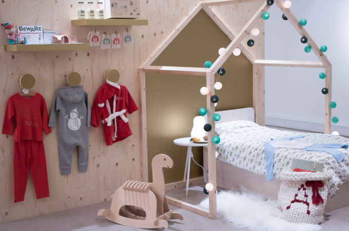 Childs-Chritmas-bedroom-680x450 grubbylittlefaces