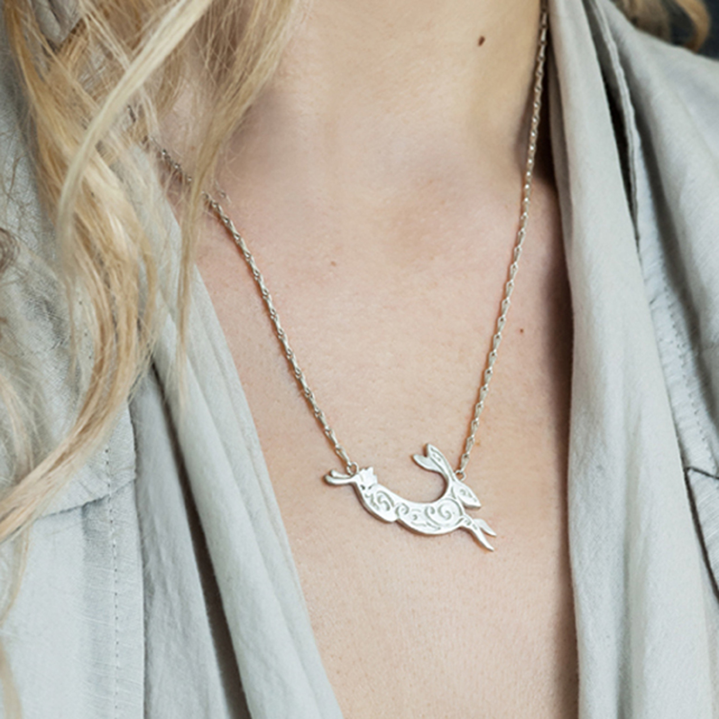 2. Small Silver Hare Necklace on model 300dpi