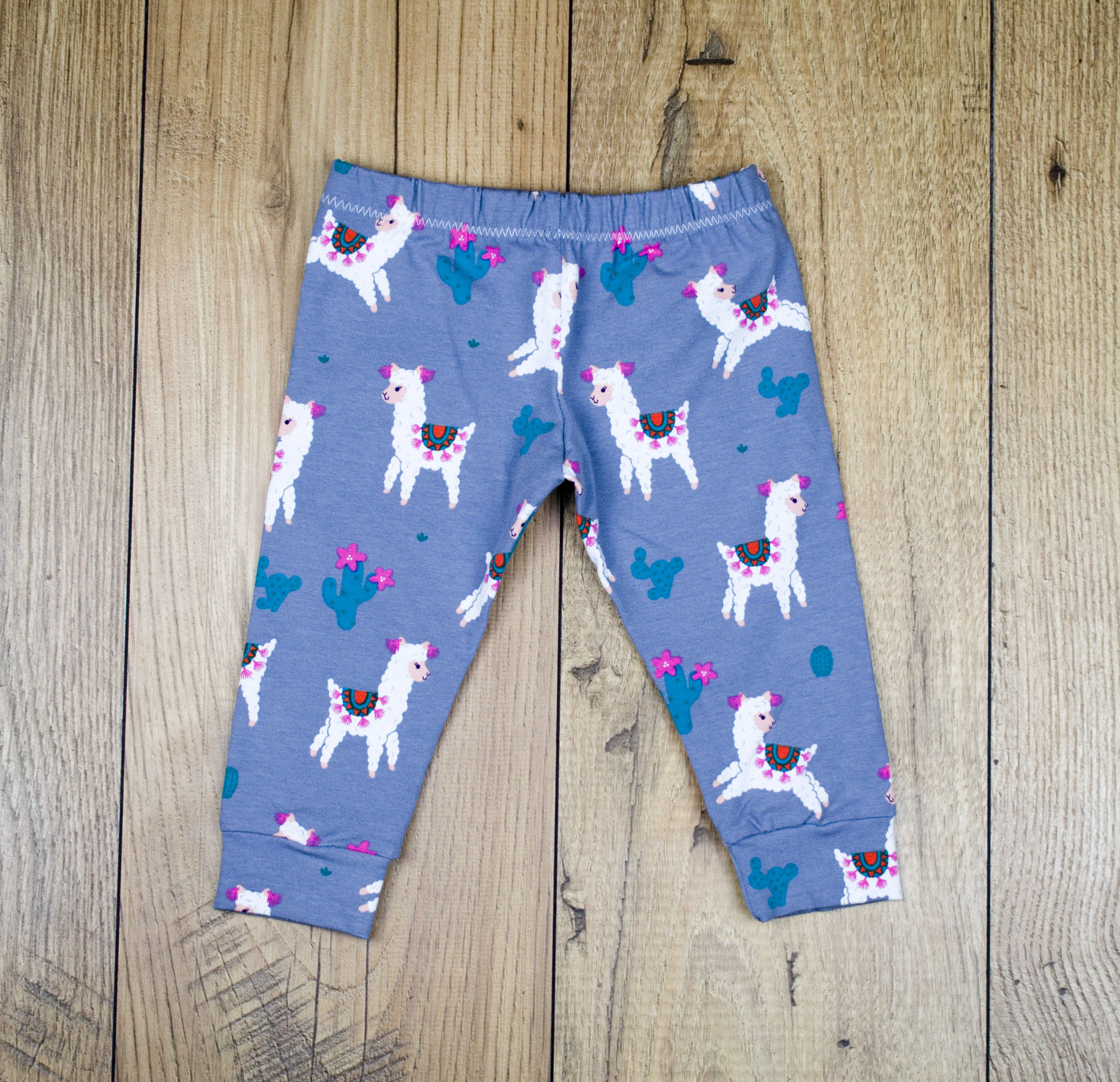 Alpaca leggings flat