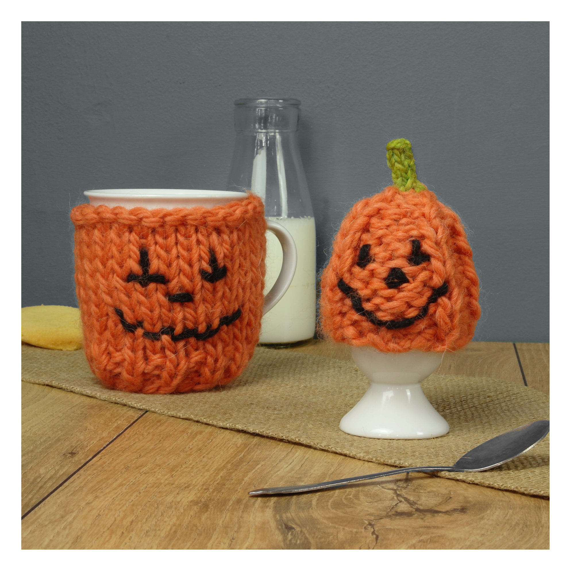 Chi-Chi-Moi-Halloween-Knitted-Pumpkin-Mug-Cosy-and-Egg-Cosy