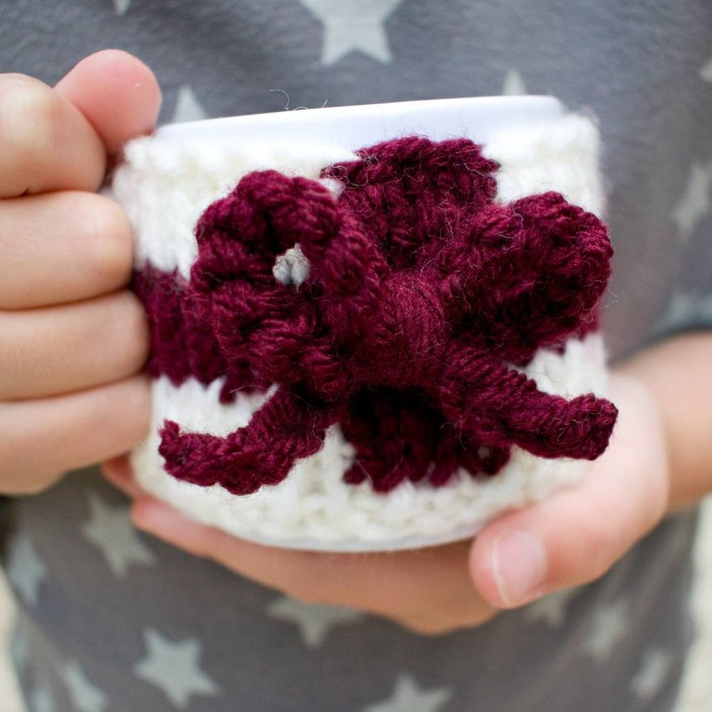 original_children-s-personalised-mini-mug-and-cosy (3).jpg