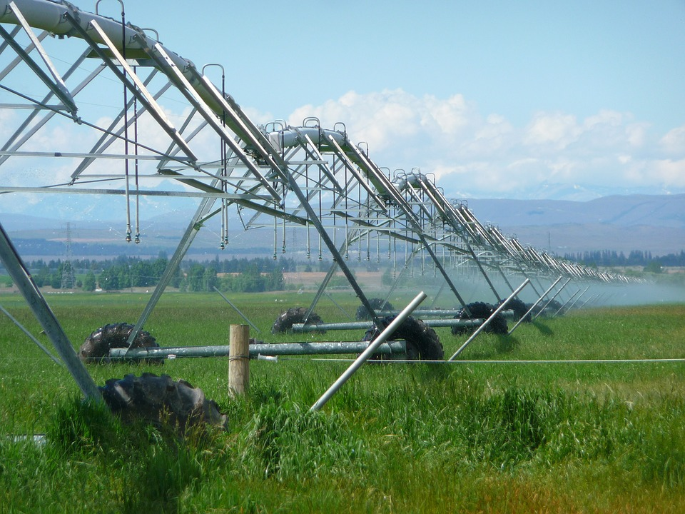 Agriculture-Irrigation-Sprayer-Farming-Sprinkling-403371.jpg