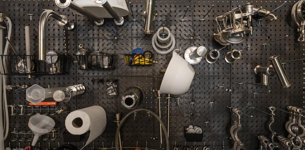 suspended-tools-43.jpg