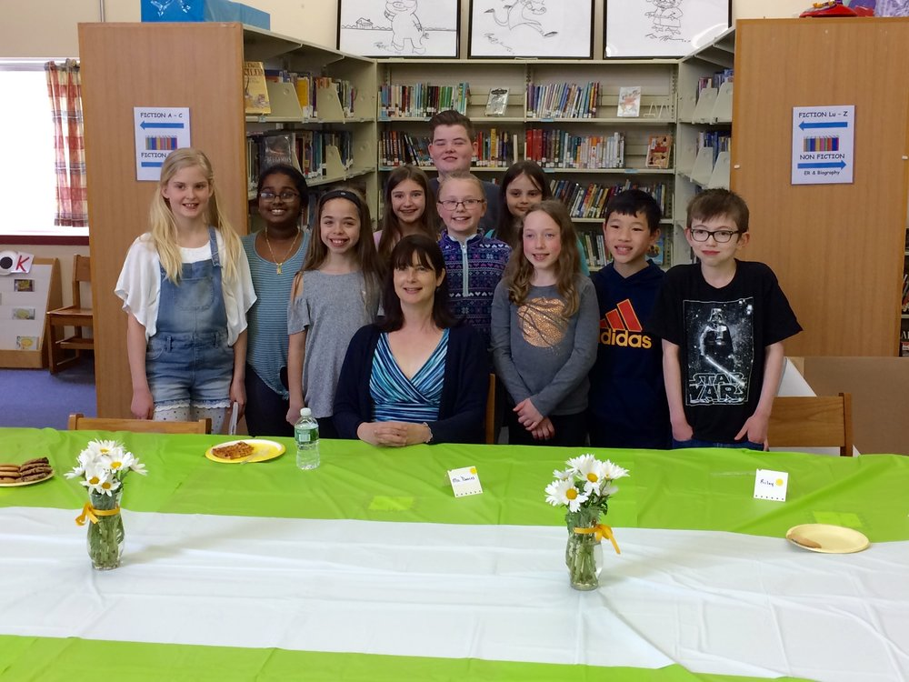 4th and 5th Graders enjoyed lunch with Jacqueline Davies!