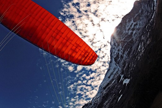 active-flight-paragliding.jpg