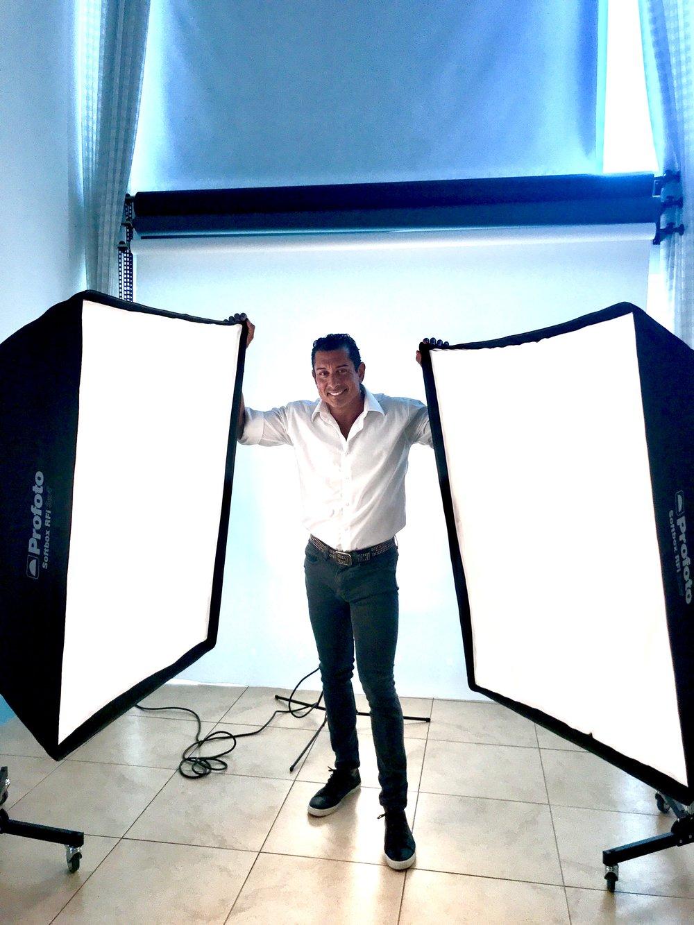 PROFOTO STUDIO LIGHTING -
