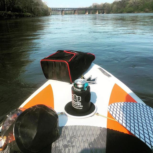 Cool beer and calm waters ahead for @trippwachter! Awesome shot 🤙🏼🍻🌊 #SUPBuddy #neverpaddlealone . . . #isup #SUP #standuppaddle #coldbeer #goodtimes #adventure #optoutside #ride #explore #sendit #holdmybeer #watchthis #water #floaton